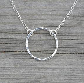 Halsband cirkel silver